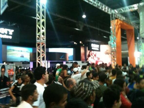 O povo no Brasil Game Show 2010