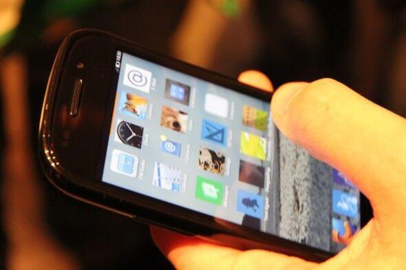 Protótipo ZTE com Firefox OS -- Foto: Nick Ellis/TechTudo
